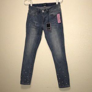 NANETTE LEPORE Hamilton Mid Rise Skinny Crop Jeans
